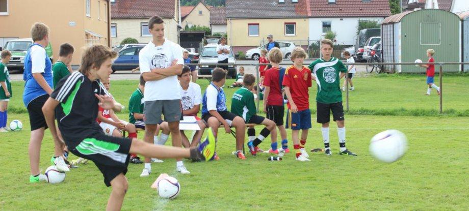 Fußball Kinder, Fußball Akademie, Fußballverein Kinder